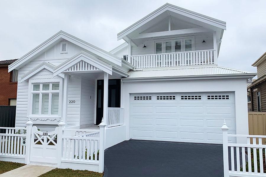 All White Home with Gliderol Hampton Garage Door