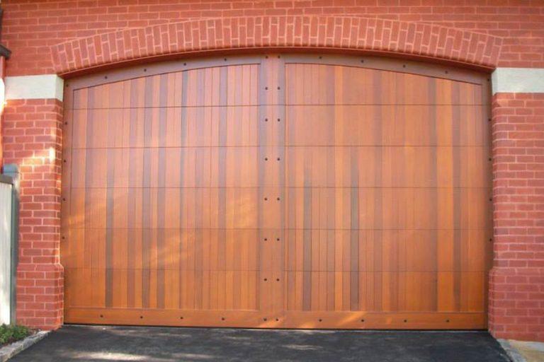 Verti Timber Panel Door