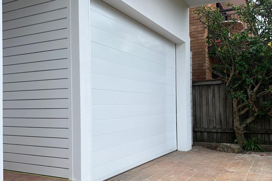 White Smooth Finish Gliderol Door